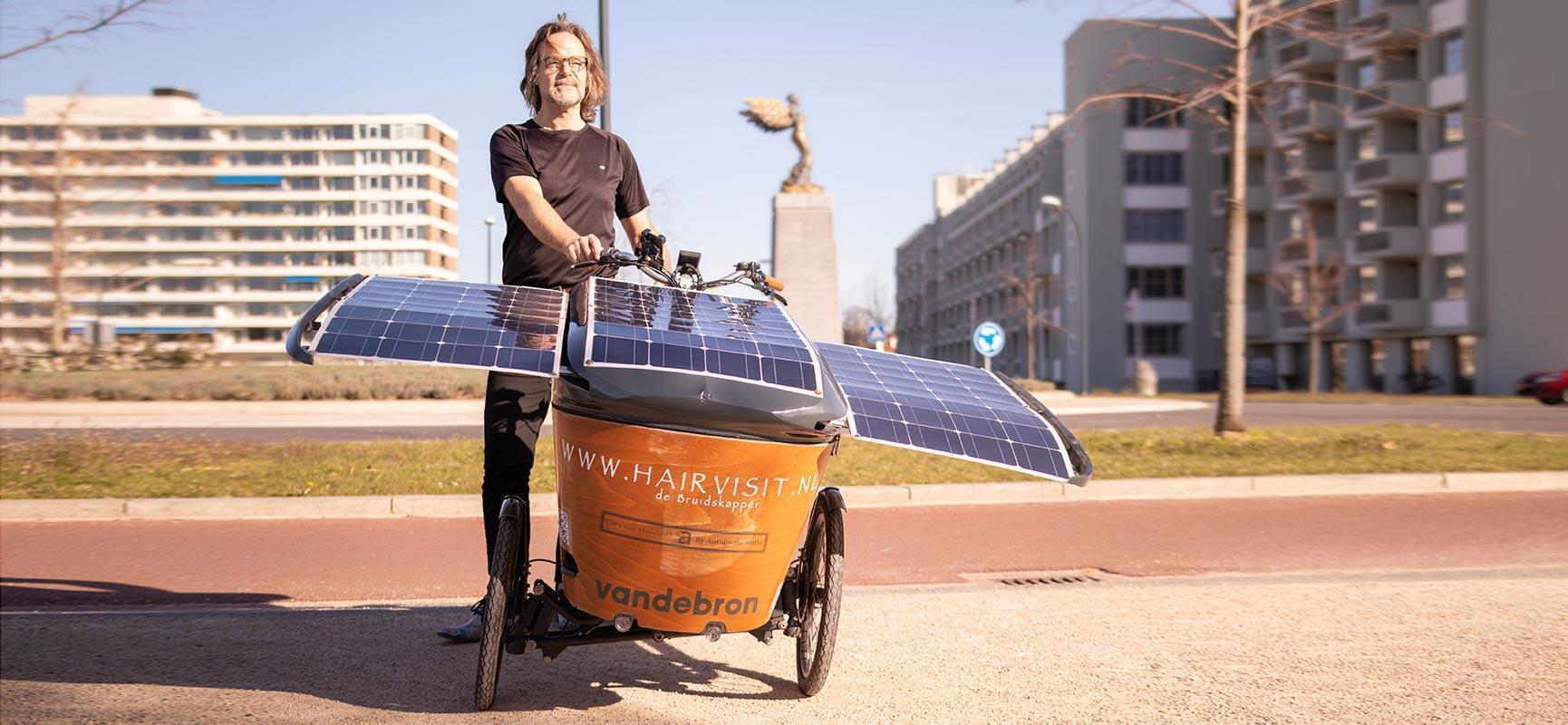 Per Lastenfahrrad mit Solarmodulen nach Glasgow