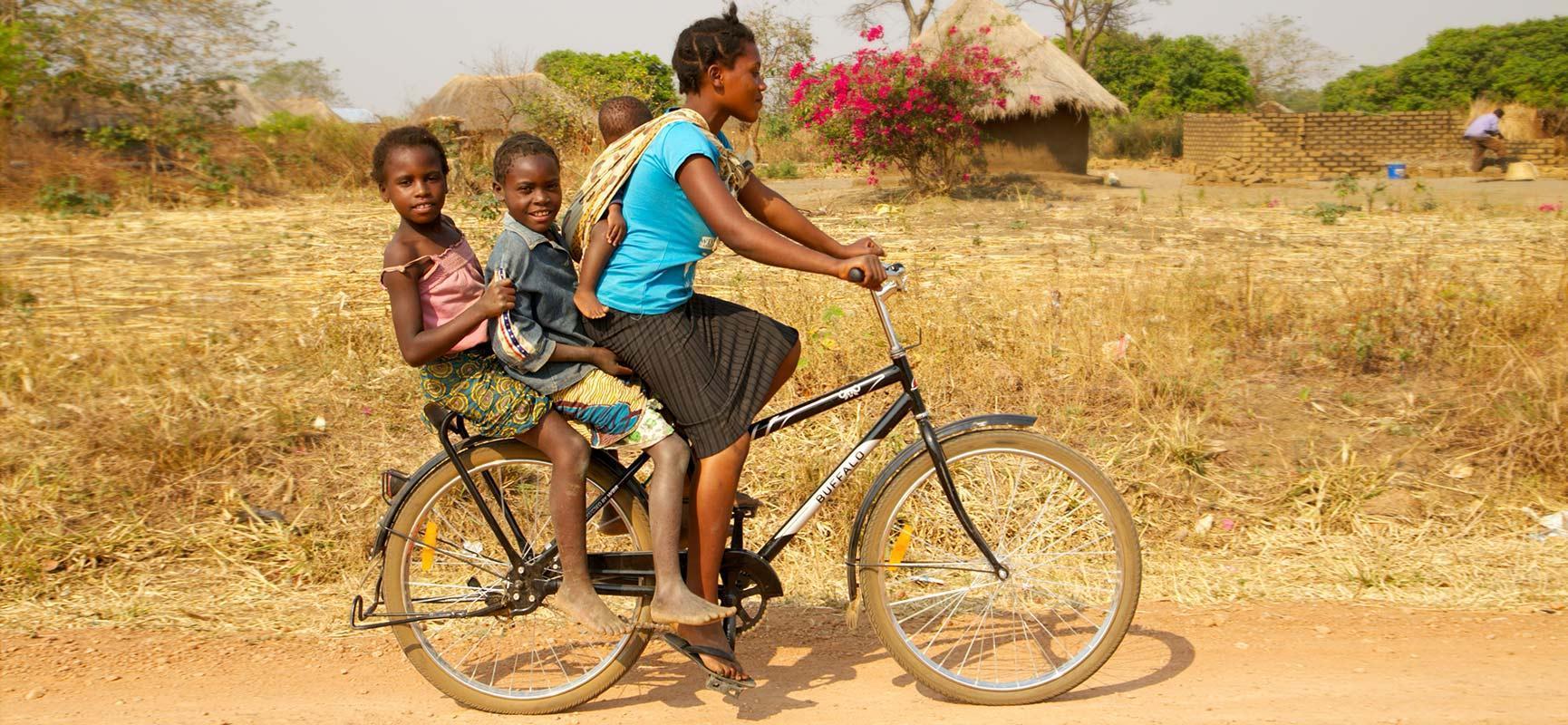 Babboe unterstützt World Bicycle Relief