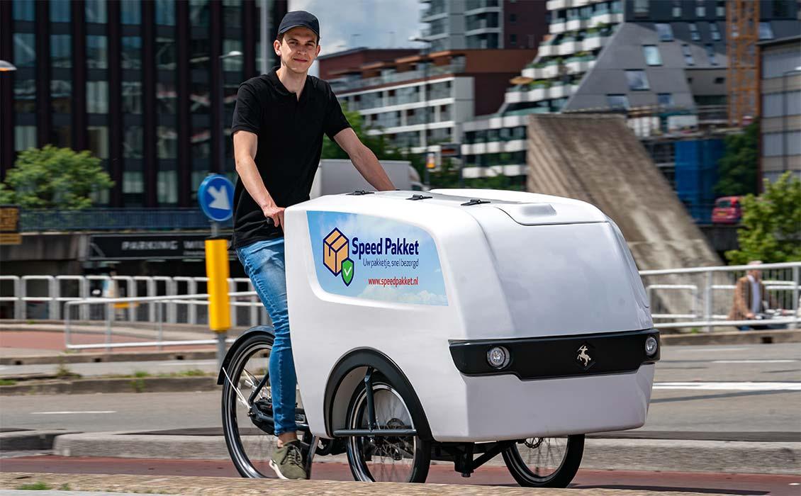 Cargo Trike mit eigenem Logo
